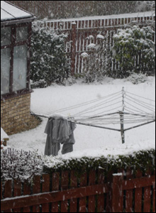 Steph Dowling, from Fairmilehead, Edinburgh, says her neighbours forget to put their washing in
