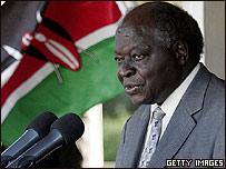 Mwai Kibaki, presidente de Kenia
