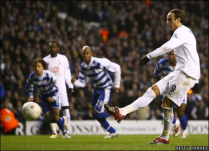 Berbatov scores Spurs's second
