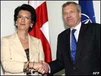 Нино Бурджанадзе и генсек НАТО Яап де Хооф Схеффер