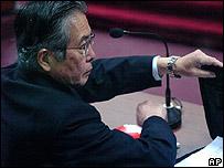 Alberto Fujimori durante el juicio el 28 de diciembre