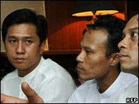 Kyaw Min Yu (L) and members of the 88 Generation Students group (file photo)