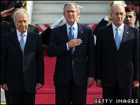 Peres and Olmert with Bush on arrival