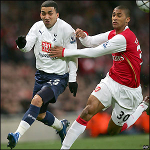 Lennon looks to beat Armand Traore