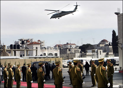 US president's helicopter takes off from Mahmoud Abbas's headquarters in Ramallah
