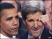 John Kerry (right) and Barack Obama in 2004