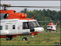 ICRC helicopters in San Jose del Guaviare before the exchange