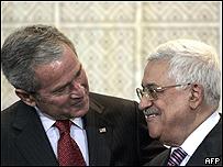 George W. Bush y Mahmoud Abbas