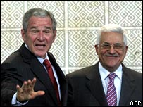George W Bush (l) and Mahmoud Abbas (r)