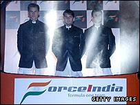 Adrian Suti (L),  Giancarlo Fisichella(C) and test driver Vitantonio Liuzzi (R)