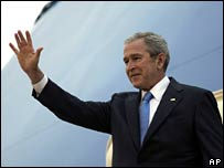 George W Bush arrives in Kuwait, 11 Jan 2008