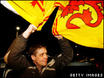 Kenny Richey with Lion Rampant flag