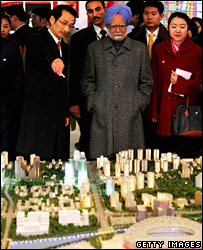 Manmohan Singh looks at plans for the Beijing Olympic Games (13 January 2007)