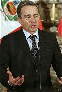 Álvaro Uribe (foto de archivo)