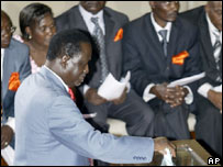 Opposition leader Raila Odinga votes in the Speaker ballot. 15 Jan