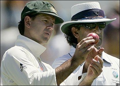 Ricky Ponting and umpire Asad Rauf