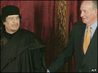 Colonel Gaddafi and Spain's King Juan Carlos