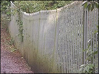 The fence by the grave