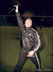 Kevin Keegan celebrates Fulham's promotion to Division One