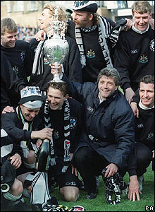 Kevin Keegan celebrates as Newcastle are promored as Division One champions in 1993