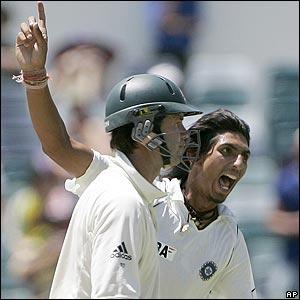 Ricky Ponting & Ishant Sharma