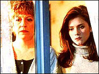 Sandra Maitland and Anna Friel played Mandy and Beth Jordache