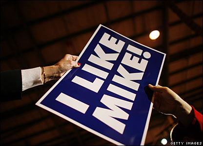 "Mike Huckabee placard with the words ""I Like Mike!"" written on it"