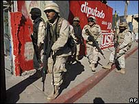 A group of Mexican soldiers during a shootout in Tijuana