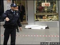 Hrant Dink murder scene, 19 January 2007