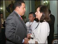 Hugo Chávez y Yolanda Pulecio, madre de Ingrid Betancourt