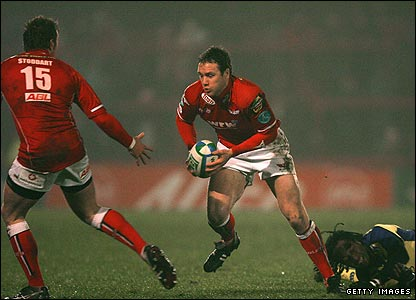 Mark Jones (c)