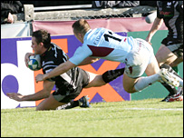 Lee Byrne scores the Ospreys second try