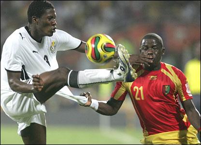 Asamoah Gyan with Daouda Jabi