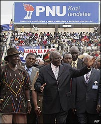 Kenyan President Mwai Kibaki and former Vice-President Moody Awori