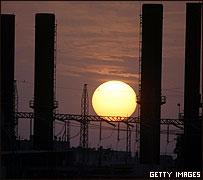 Sun sets over Khan Yunis power station, Oct 2007