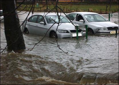 Photo taken by Paul Carrier. Flooding in Silsden
