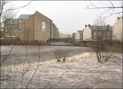 Weir on the River Colne