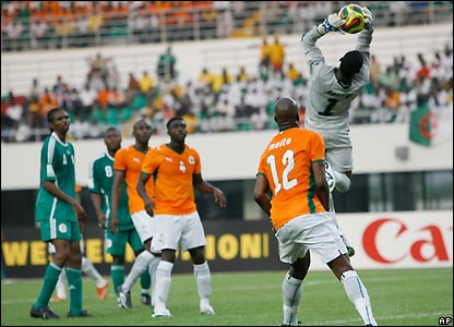 Ivory Coast goalkeeper Barry denies Nigeria