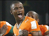 Salomon Kalou celebrates his goal