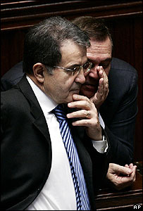 Italian PM Romano Prodi (L) listens to Justice Minister Clemente Mastella prior to a confidence vote on 2 March 2007