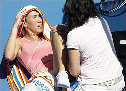 But Jankovic has mobility problems of her own as her old thigh injury flares up again and she needs treatment too