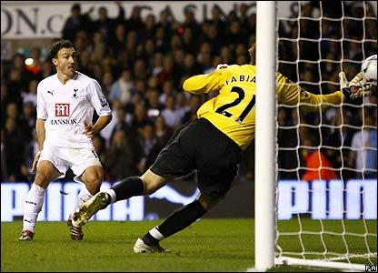 Malbranque scores Tottenham's final goal