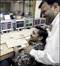 Mumbai stock exchange workers