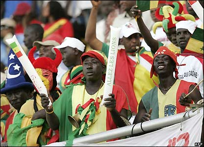 Senegal supporters get ready for the start of the match
