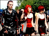 Jóvenes en un festival gótico en Leipzig, Alemania