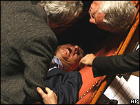Nuccio Cusumano faints in the Senate 24 January 2008
