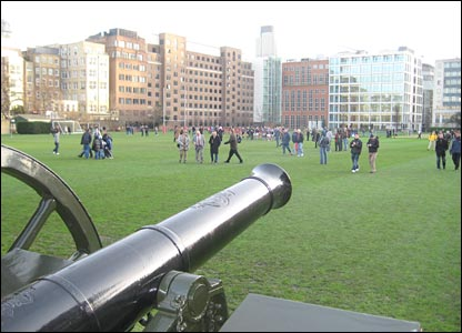 The match was played at the Honourable Artillery Club in the City of London