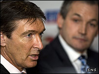 SFA chief executive Gordon Smith with new Scotland boss George Burley