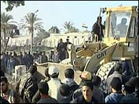 Bulldozer at Gaza-Egypt border