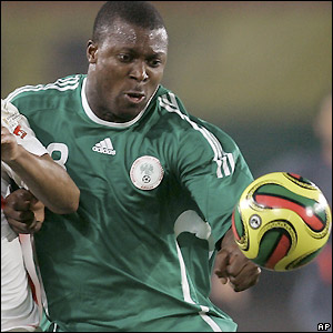 Yakubu goes close for Nigeria
